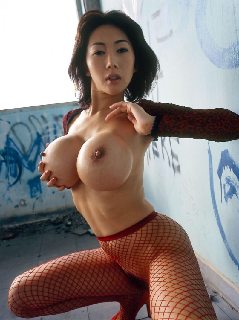 Busty japanese Sexxy ladies